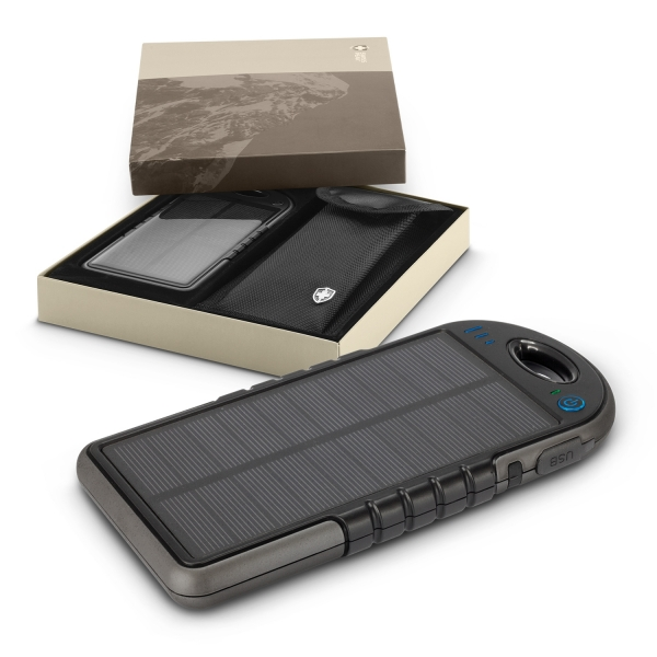 Swiss Peak Water Resistant Solar Charger
